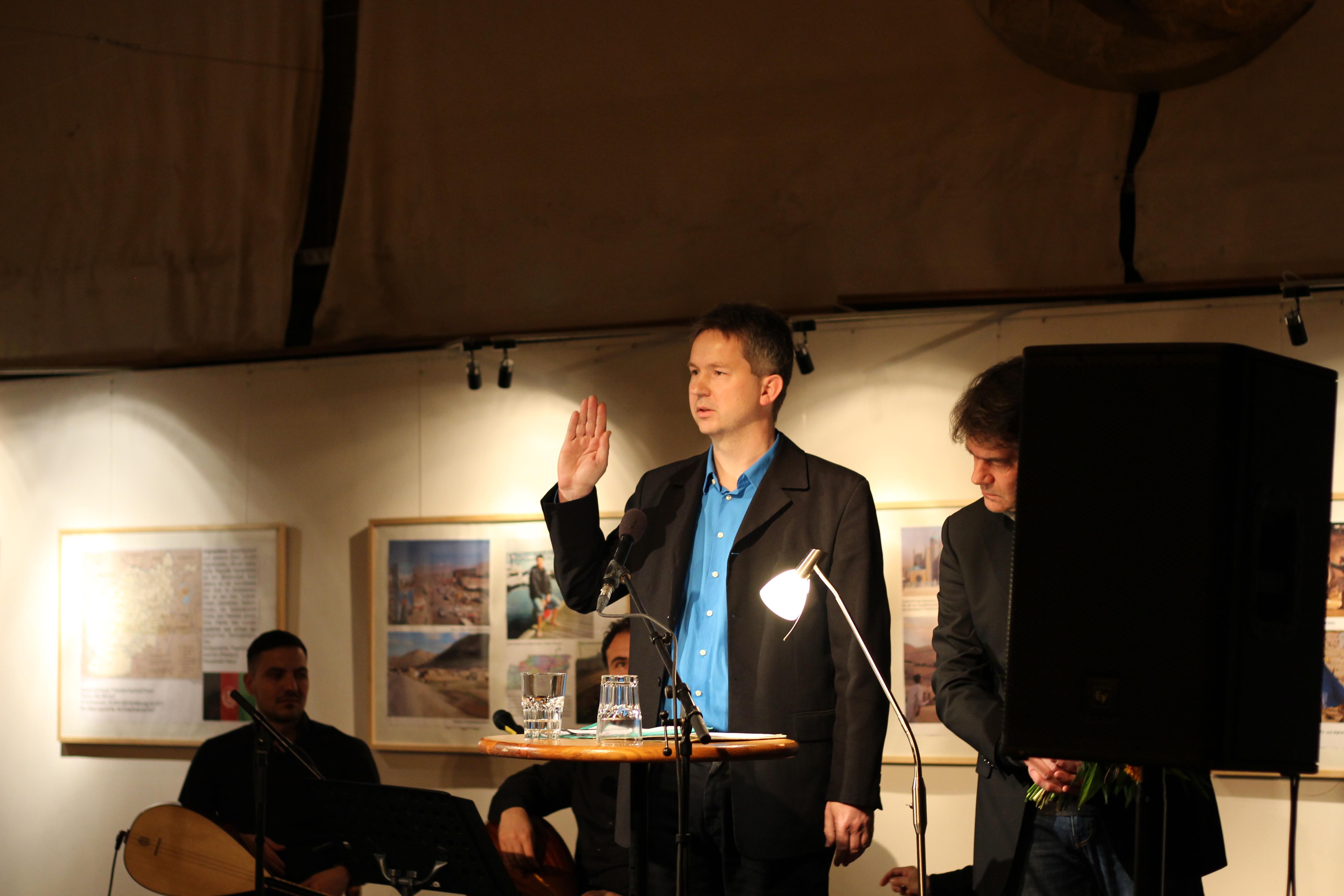 Neujahrsempfang: Steinbrück legt Amtseid ab